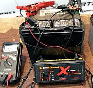 Простая зарядка для аккумулятора своими руками